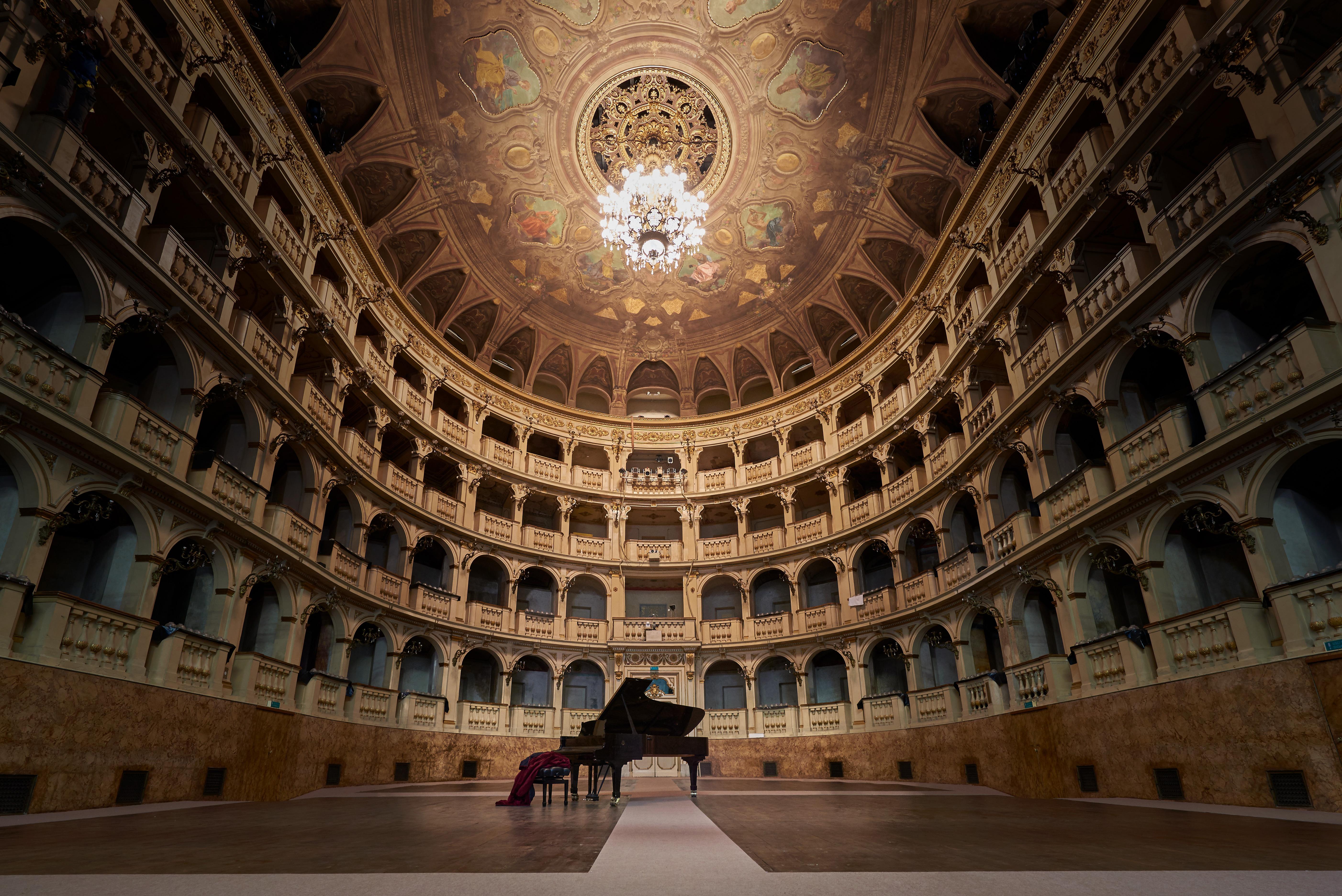 Teatro Comunale di Bologna_foto Giovanni Bortolani