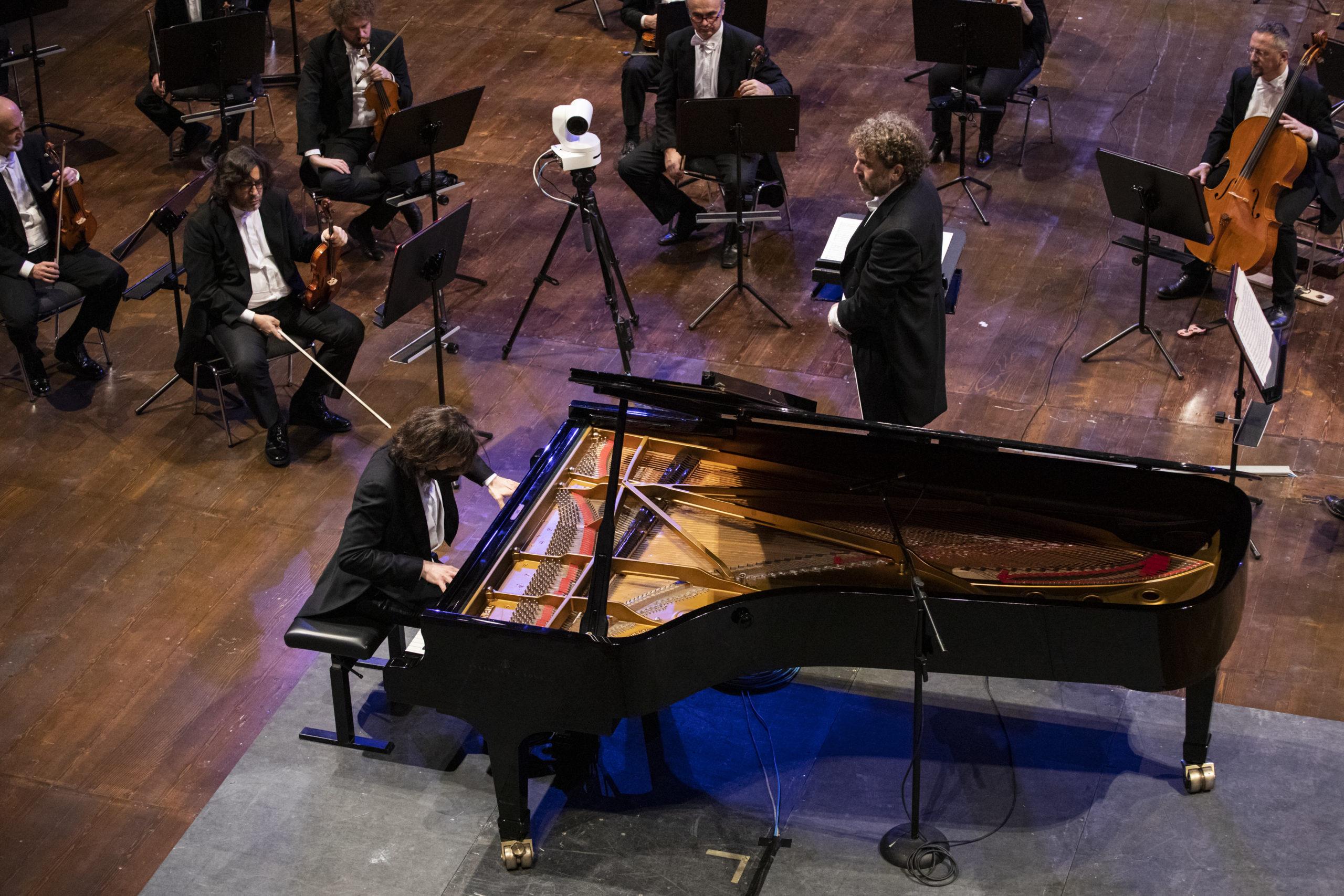 Sinfonica_2021-01-20_D4_0347_©AndreaRanzi (Casaluci-Ranzi)