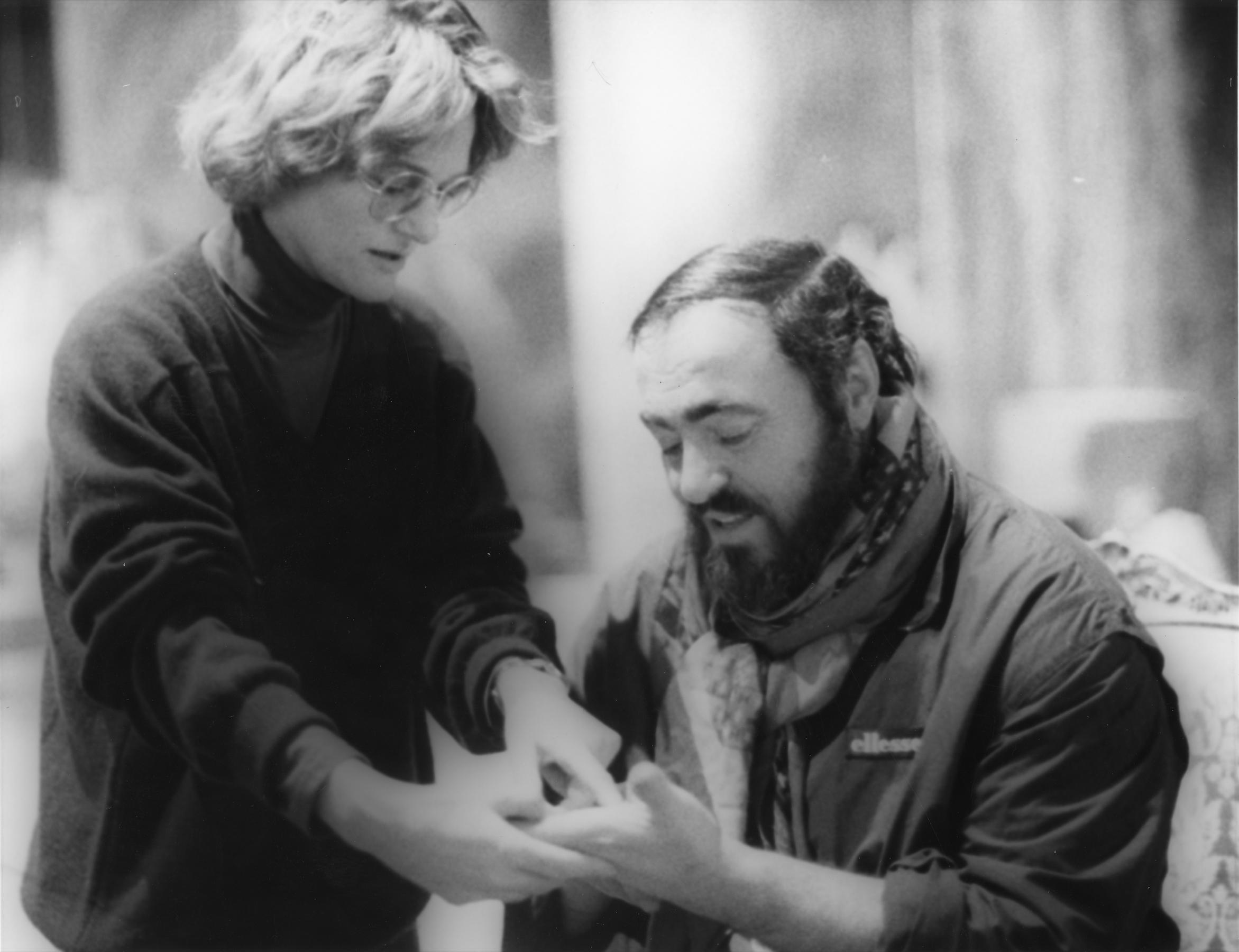 Un ballo in maschera   Luciano Pavarotti e Sonja Frisell   1988-1989_bianco e nero_@Primo Gnani-Lorenzo Capellini